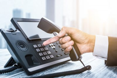 10 factores clave para una implementación exitosa de VoIP