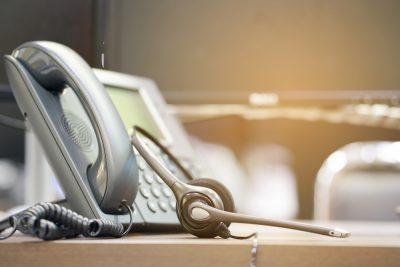 10 razones para ahorrar dinero con un sistema telefónico empresarial VoIP