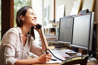 ¿Qué es un sistema telefónico comercial?