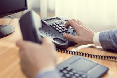Cómo crear un número de teléfono comercial fácil de recordar