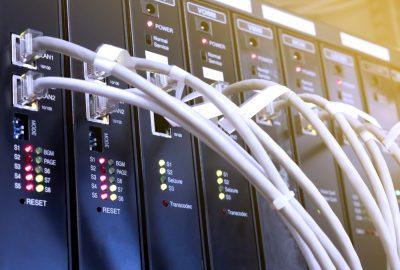 Los sistemas VoIP de mayor calidad mejoran la conectividad empresarial