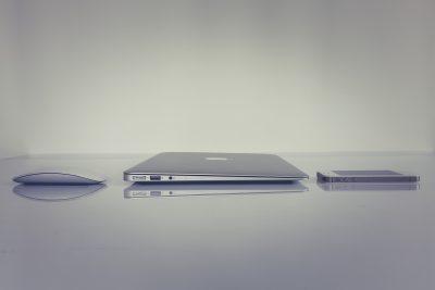 ¿Qué hardware de VoIP alojado necesita tu empresa?